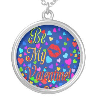 ஜ♥Be mi tarjeta del día de San Valentín Яömǻñtî¢ Colgante Redondo