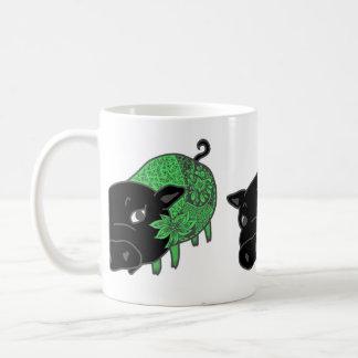 カレーの大好きな、黒豚の名前はチェルシー。black pig Chelsea. Coffee Mug