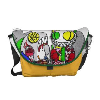 憑 It keeps being anywhere! Messenger Bag