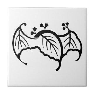 蝙 蝠 paulownia tile