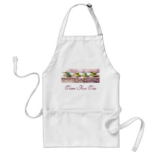 0001 Row of Teacups Adult Apron