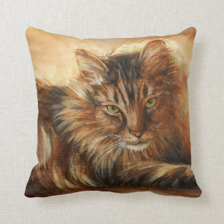 0005 Main Coon Throw Pillow