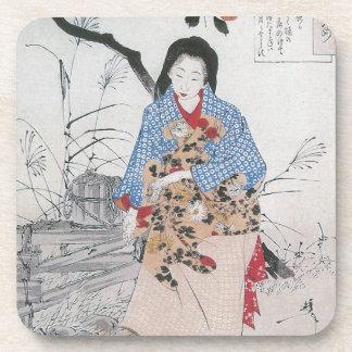 028 - Señora Chiyo y el agua quebrada Bucket.jpg Posavasos De Bebidas