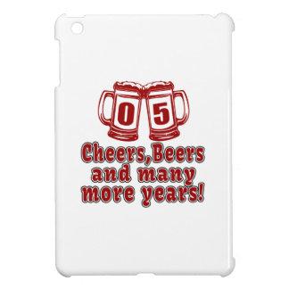 05 diseños del cumpleaños de las cervezas de las