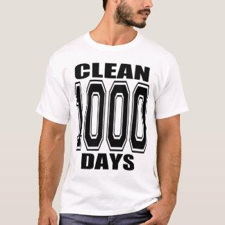 1000 DAYS CLEAN!! T-Shirt