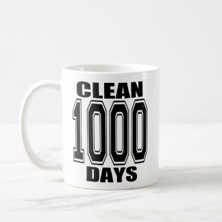 1000 días limpian la taza negra