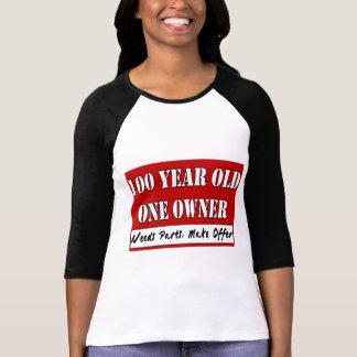 100 años, un dueño - las piezas de las camisas