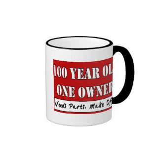 100 años, un dueño - las piezas de las necesidades taza a dos colores