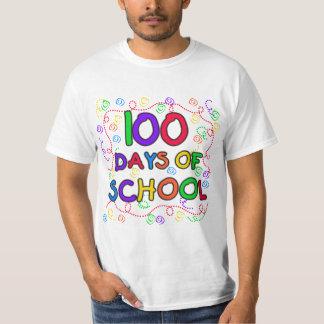 100 días de camisetas y de regalos del confeti de remeras
