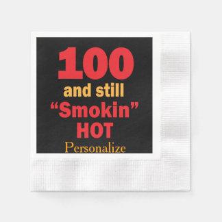 100 y aún cumpleaños caliente de Smokin el | 100o Servilleta Desechable