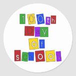 100o Día de letras de molde de la escuela Etiquetas Redondas