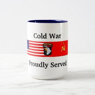 101a taza orgulloso servida de Abn de la guerra
