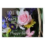 ¡101o cumpleaños feliz! Ramo color de rosa rosado Felicitación
