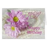 101o Tarjeta de cumpleaños con las margaritas