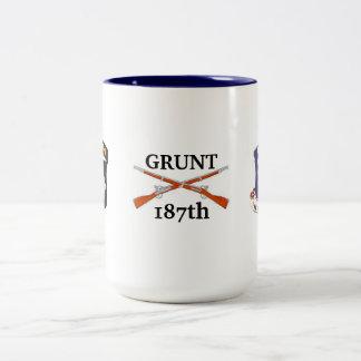 101st Abn 187th Infantry GRUNT Mug