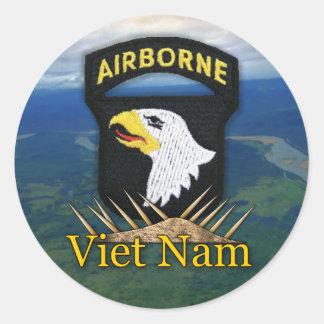101st airborne division veterans vietnam vets stic classic round sticker