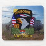 101st airborne division vietnam war vets Mousepad