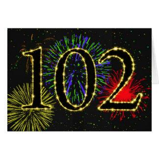 102o Tarjeta de cumpleaños con los fuegos