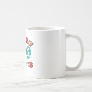102os diseños del cumpleaños taza