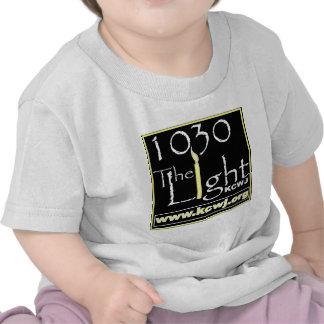 1030 la luz camisetas