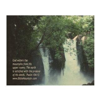 104:13 de la cascada y del salmo de Banias Impresiones En Madera