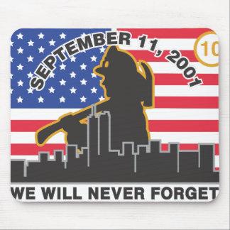 10 diseño del aniversario del bombero del año 9/11 alfombrilla de ratones
