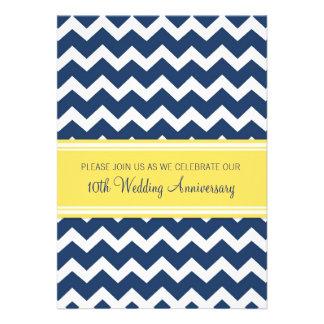 10ma invitación amarilla azul del aniversario de C