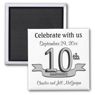 10mo Reserva del aniversario los favores de fiesta Imán Cuadrado
