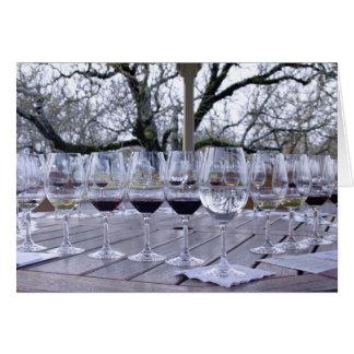 11492 copas de vino al aire libre felicitación