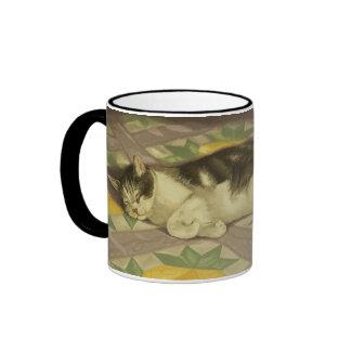 1149 Cat on Quilt Mugs