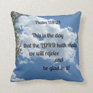 118:24 del salmo éste es el día ese el hath del cojín