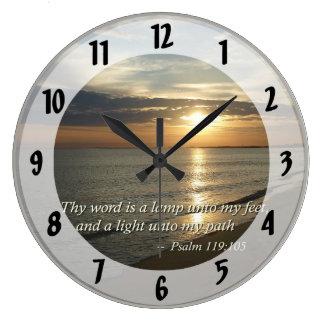 119:105 del salmo Thy palabra es una lámpara Reloj Redondo Grande