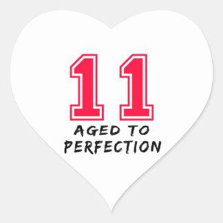 11 envejeció al diseño del cumpleaños de la calcomania corazon personalizadas