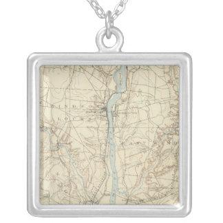 11 Hartford sheet Square Pendant Necklace