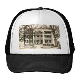 11f (15) trucker hat