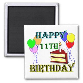 11mo cumpleaños feliz con la torta, los globos y l imanes