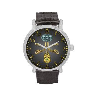 11mo Rifles cruzados ACR, CMB y reloj del escudo