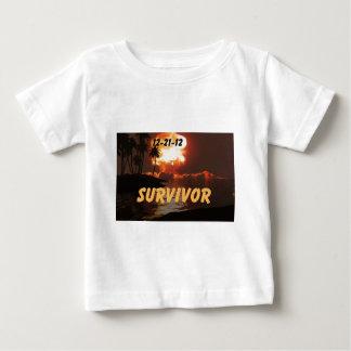 12-21-12 superviviente del extremo de la tierra t-shirts