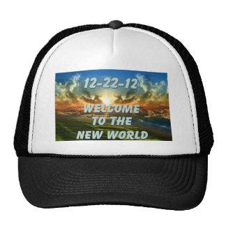 12-22-12 recepción al nuevo mundo gorros