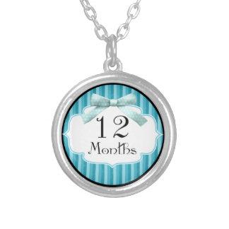 12 meses del lunar de jalón azul de la cinta pendiente