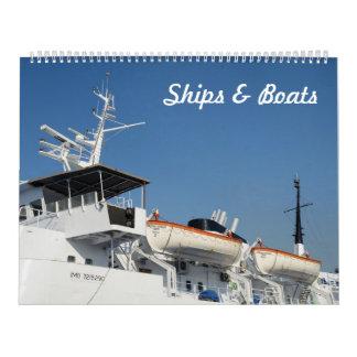 12 month Ships & Boats 2017 Photo Calendar