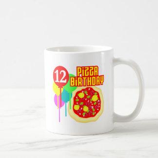 12mo Cumpleaños de la pizza del cumpleaños Taza Básica Blanca