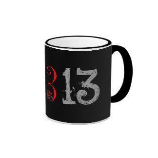 13, 13, 13 TAZA DE CAFÉ