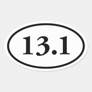 13,1 medio óvalo del maratón pegatina ovalada