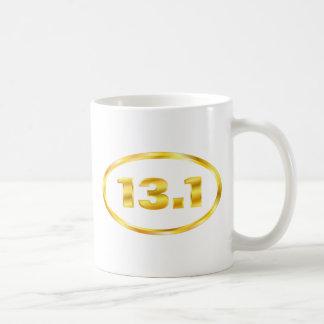 13,1 medio óvalo del oro del maratón taza básica blanca