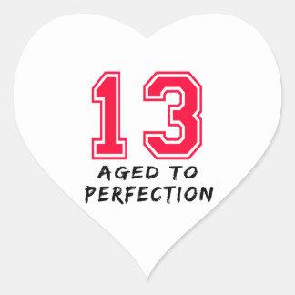 13 envejeció al diseño del cumpleaños de la colcomanias de corazon