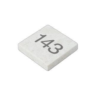 143.ai imán de piedra