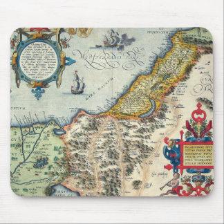 1570 Palestinae Hondius - Vintage Map Mouse Pad