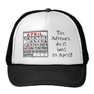 15 de abril - humor del impuesto gorra