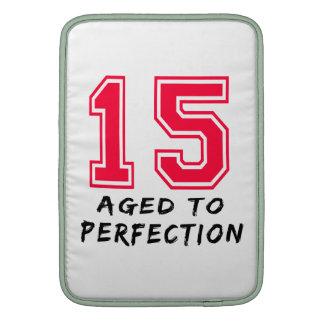 15 envejeció al diseño del cumpleaños de la perfec fundas MacBook